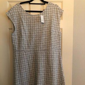 NWT Off white cap sleeve dress.